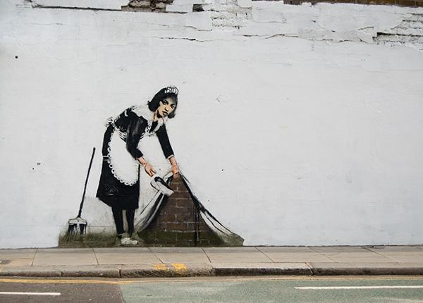 street-art-maid